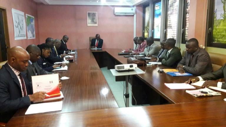 Ministère de l'Habitat : Bruno Ben Moubamba suspend trois directeurs généraux pour insubordination notoire