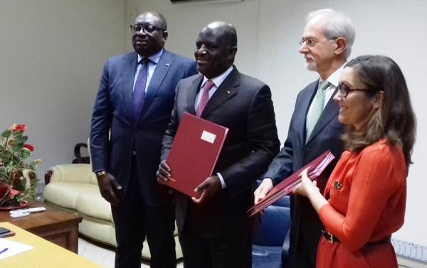 Paris accorde un prêt de 147 milliards de FCFA pour relancer l'économie gabonaise