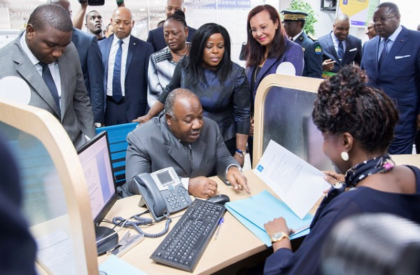Ali Bongo inaugure le siège de l'Agence nationale de la promotion des investissements