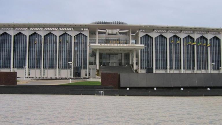 Révision constitutionnelle : Le Sénat contre la prestation de serment des hauts cadres devant le Président de la  République avant leur entrée en fonction