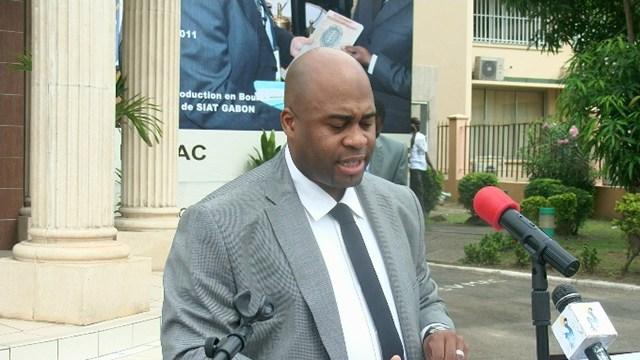 Le ministre du pétrole accusé de torpiller  l'ONEP