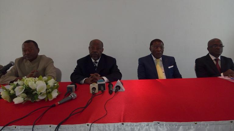 Un collectif des Notables exige le report des législatives d'avril 2018 pour garantir la stabilité au Gabon