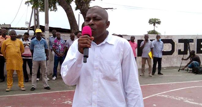 Retenons les notes du 2ème  trimestre, fermons les classes pour contraindre le gouvernement à retirer ses mesures iniques (Louis Patrick MOMBO, secrétaire général de Dynamique unitaire)