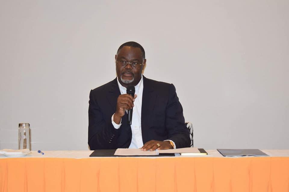 Législatives 2018: Opiangah s'attaque au siège de député occupé par le ministre Christian Magnagna