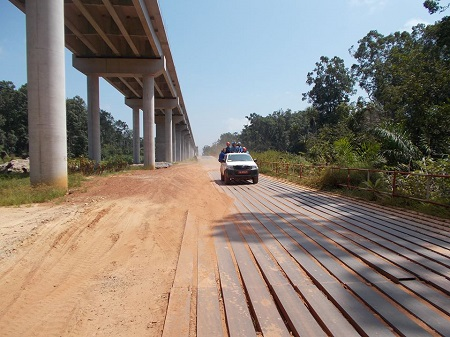 Les travaux de construction de la route Port-Gentil-Omboué au point mort