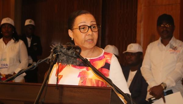 Dissolution de l'Assemblée nationale: la présidente du Sénat jubile