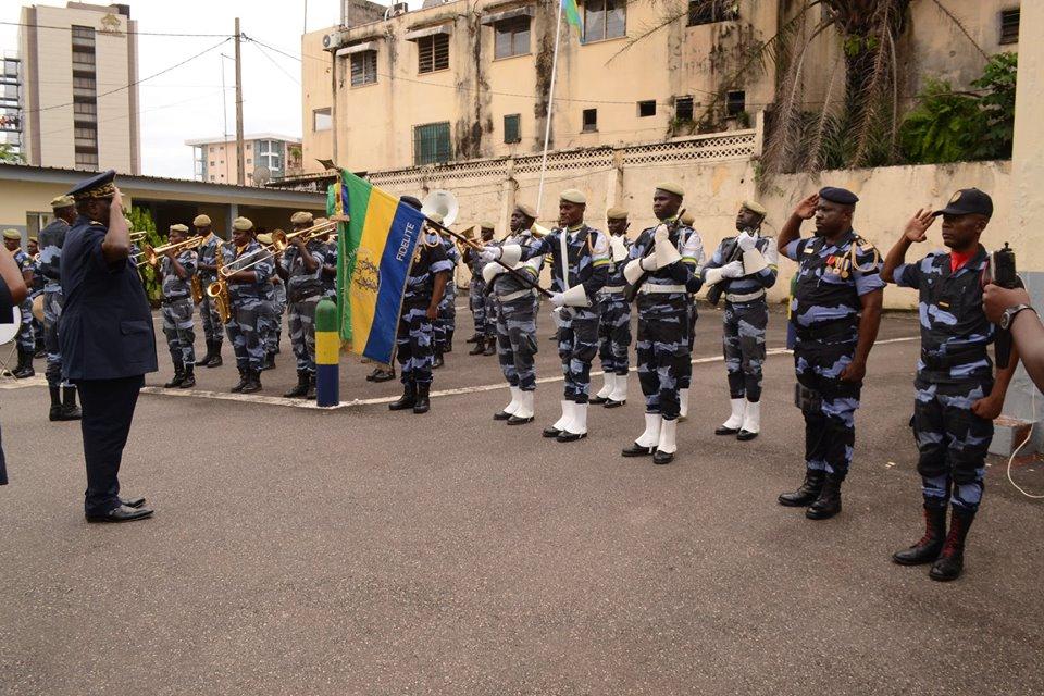 Les mineurs sont trop nombreux dans les bars et deviennent très dangereux au Gabon (police)