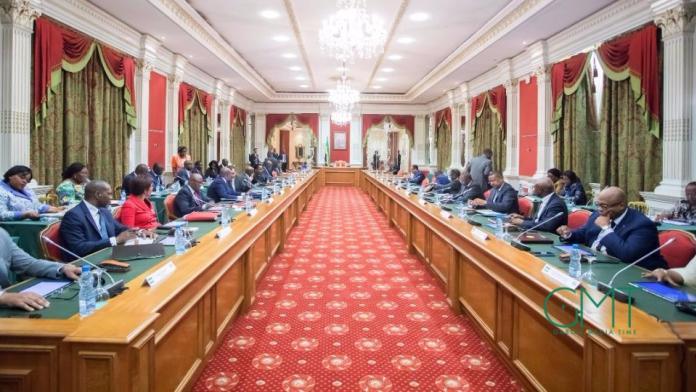 Nomination de plusieurs anciens ministres influents dans le communiqué final du conseil des ministres du 17 mai  2018.
