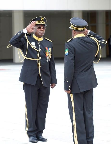 Le patron de l'armée gabonaise a enfin quitté ses fonctions