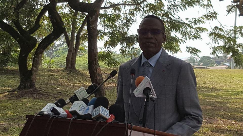 Le gouvernement envisage d'établir les cartes nationales d'identité au CEDOC
