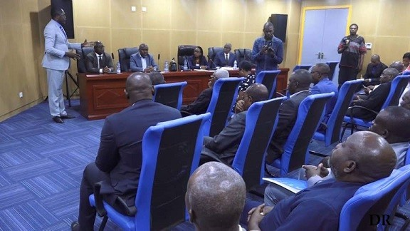Assises du football Gabonais : va-t-on droit le dos dans le mur ?