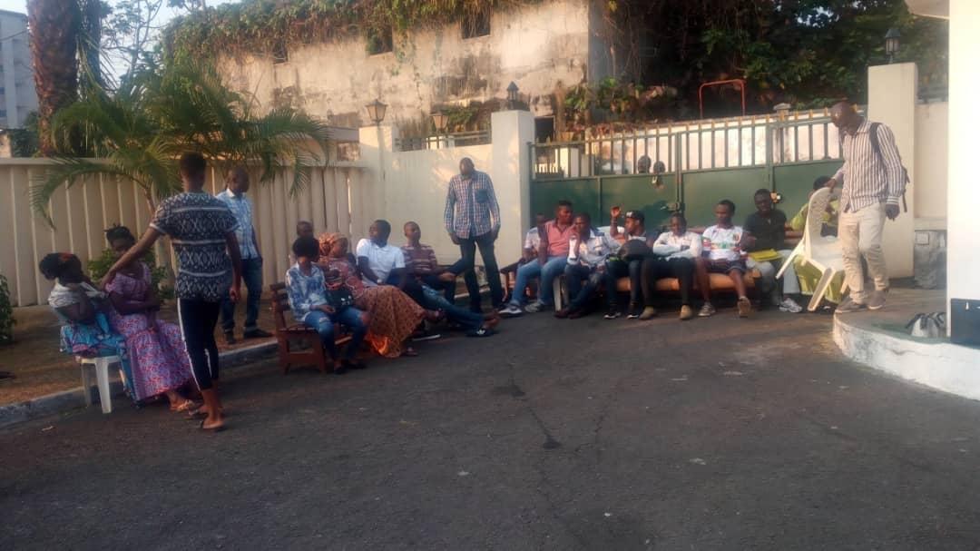 Des maliens séquestrent leur ambassadeur et le matériel électoral à Libreville