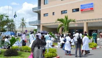 Mesures d'austérité : Les médecins menacent d'entrer en grève en cas de baisse de salaires