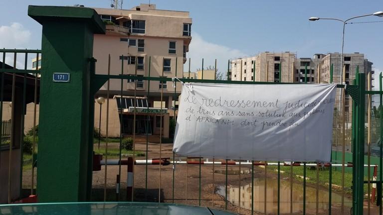 Urgent les agents d'Africa N°1 prennent en otage leurs patrons