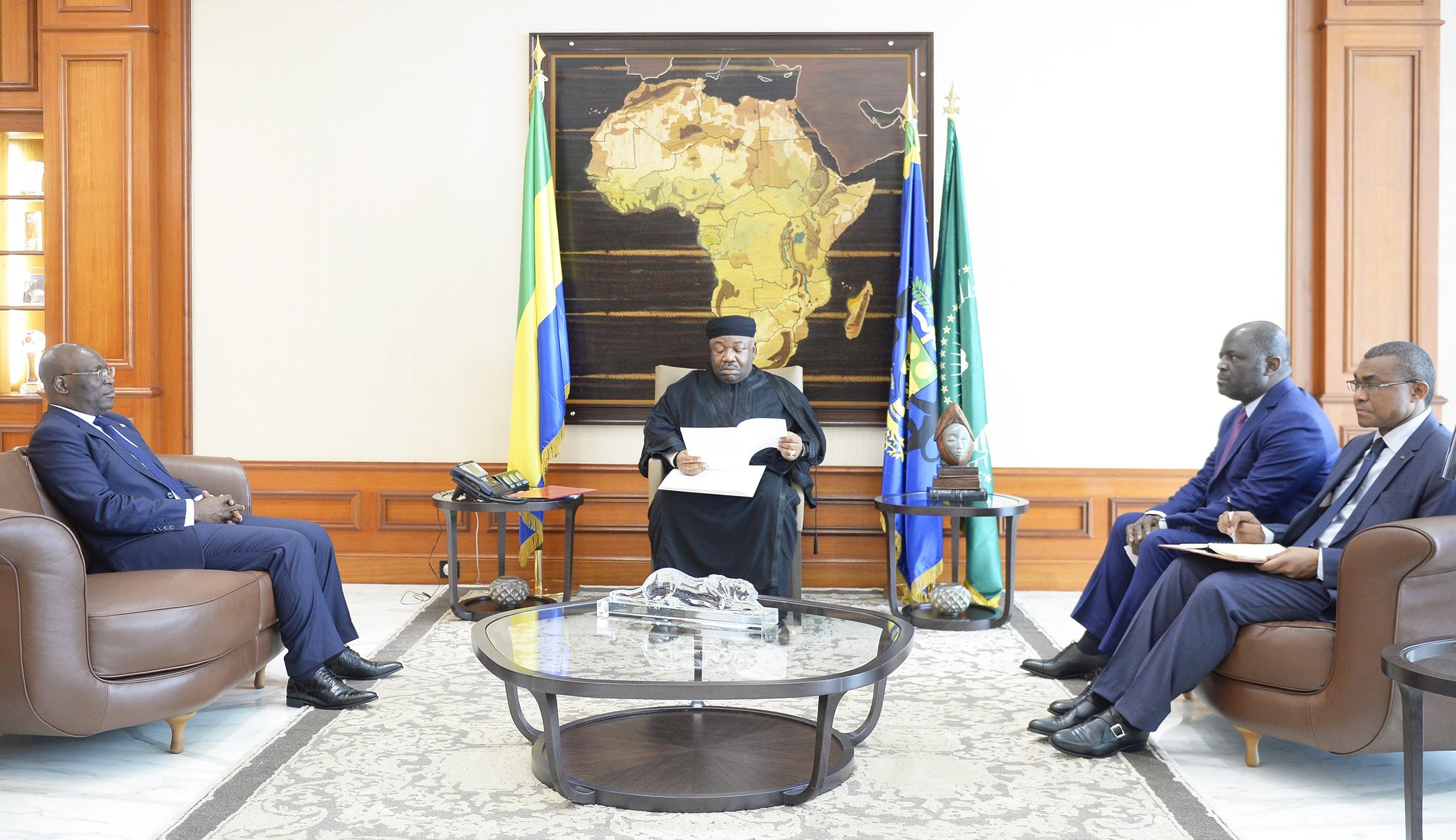 Obiang Nguéma dépêche son ministre des Affaires étrangères à Libreville