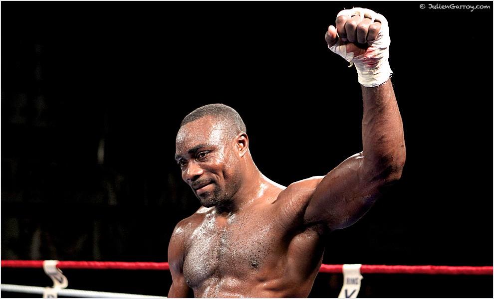 Boxe : Taylor Mabika désillusionné à Kinshasa par Junior Ilunga Makabu