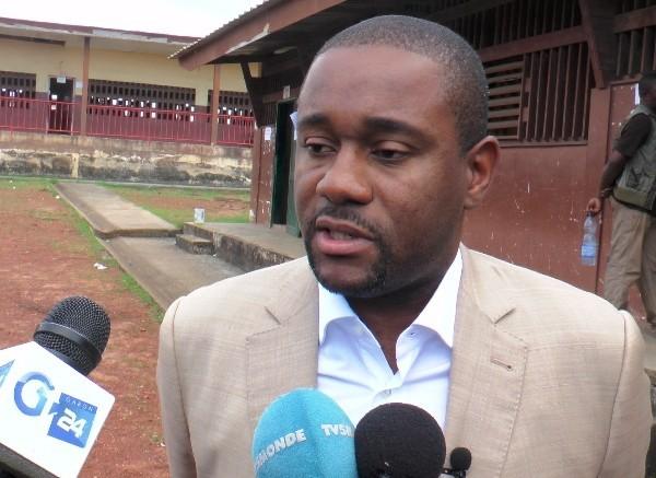 Ike Ngouoni met fin au black-out officiel sur la santé d'Ali Bongo