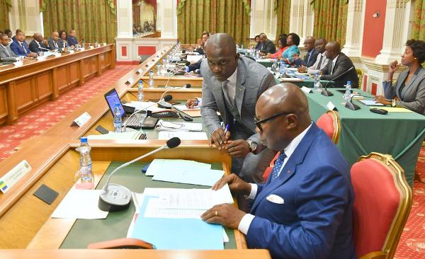 Communiqué final du conseil des ministres présidé par Pierre Claver Maganga Moussavou à la place d'Ali Bongo