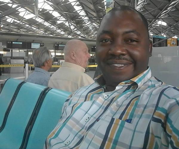 Le correspondant de BBC interdit d'exercer son métier au Gabon durant un mois