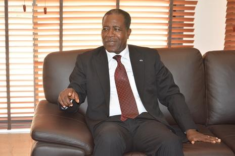Santé d'Ali Bongo : Mathias Otounga Ossibadjouo reprend son « post Facebook » à la figure
