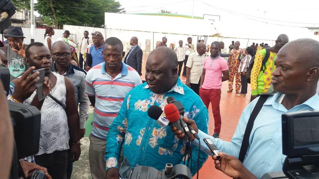 « Le Gouvernement veut nous faire payer ses errements » Jean-Rémy Yama