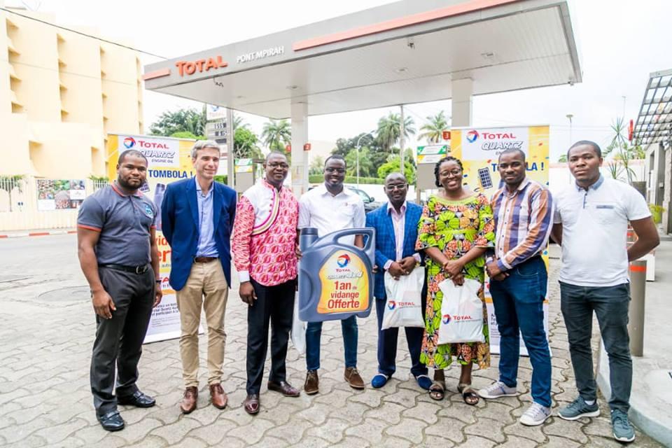 Total Marketing Gabon récompense ses premiers lauréats de la tombola Total Quartz 4×4