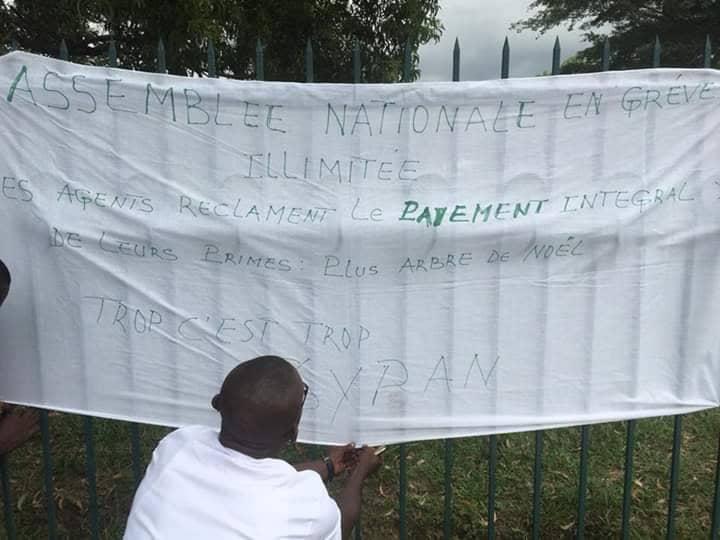 Les agents de l'Assemblée Nationale en grève illimitée