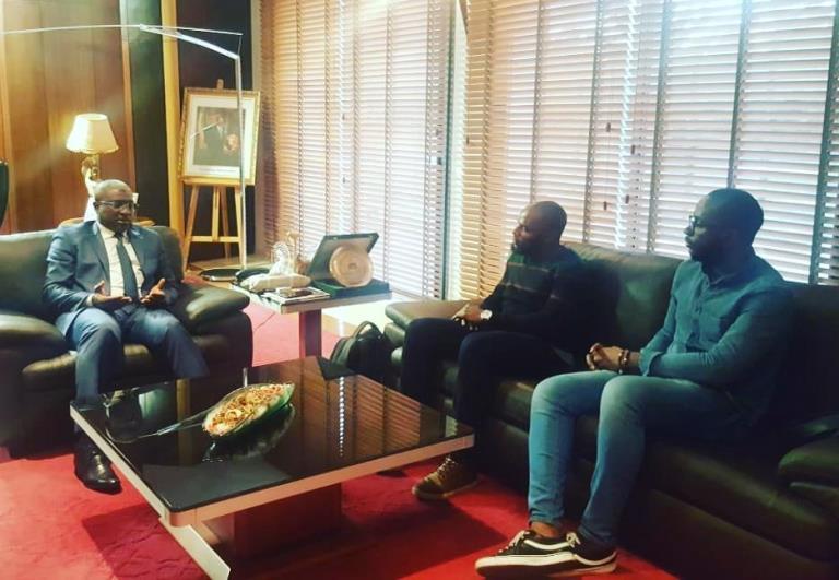 Apéros-Littéraires : L'ambassadeur du Gabon au Maroc félicite la sagacité des écrivains Benicien Bouschedy et Peter Stephen Assaghle
