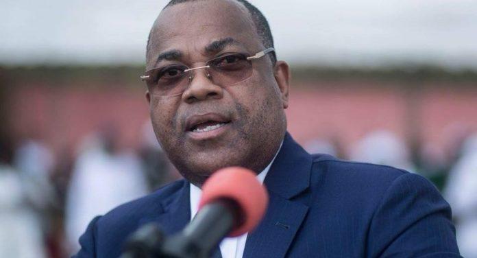 Julien Nkoghe Bekalé publie son nouveau gouvernement, pas trop de changements