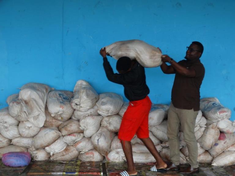 Programme GRAINE : 8 tonnes de manioc en provenance de Franceville pour alimenter Libreville