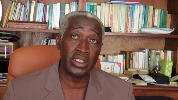 Le doute croissant de Raymond Ndong Sima sur la capacité d'Ali Bongo de continuer à diriger le Gabon