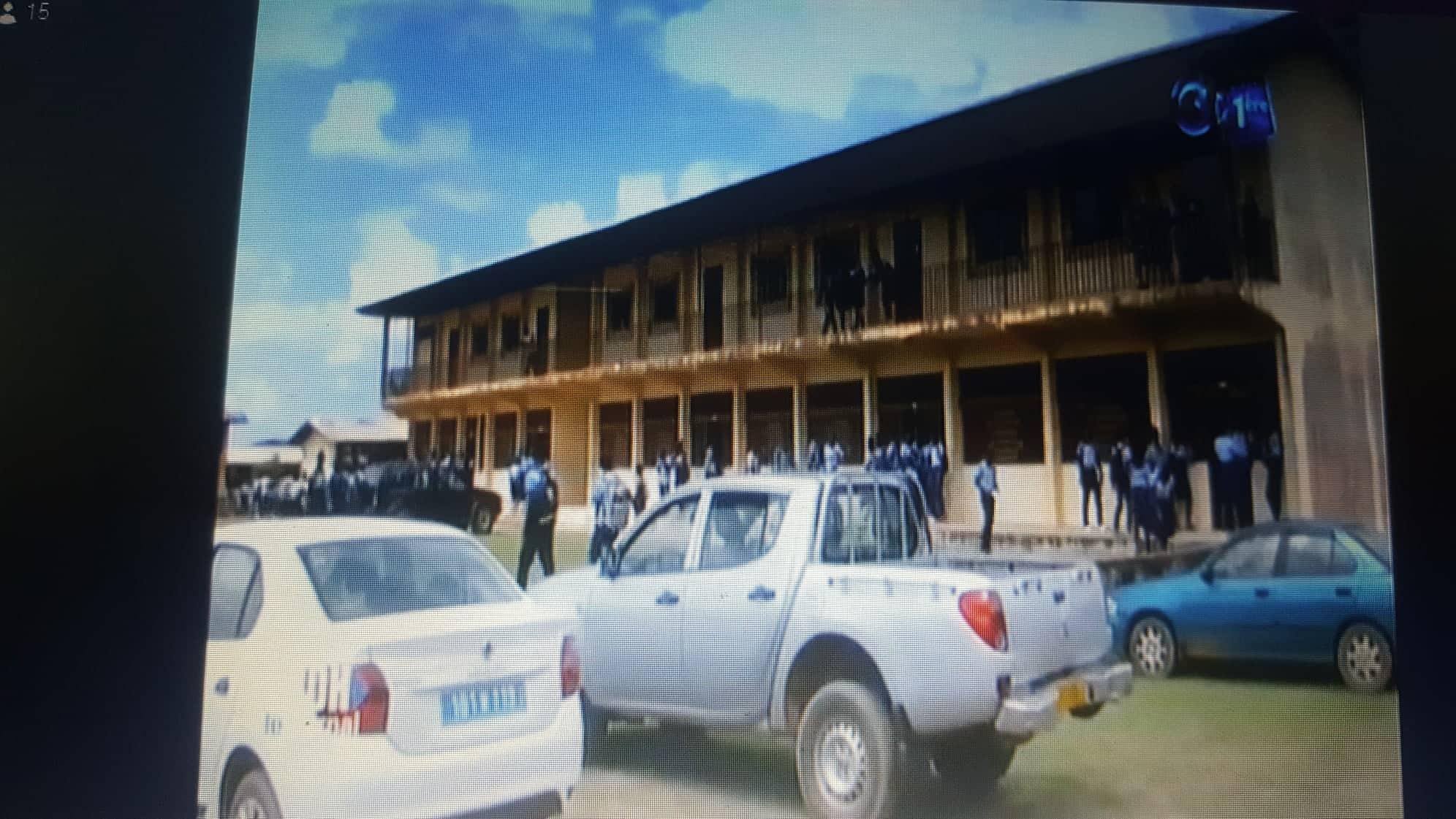 Gabon : un élève tabasse son professeur et lui brise deux membres