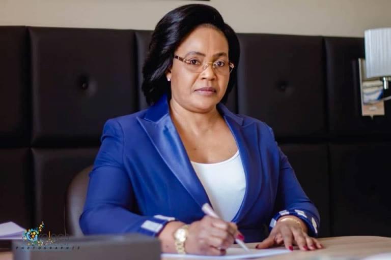 Ministère de l'agriculture : Biendi Maganga Moussavou l'homme irremplaçable selon Nanette Longa porte-parole du gouvernement