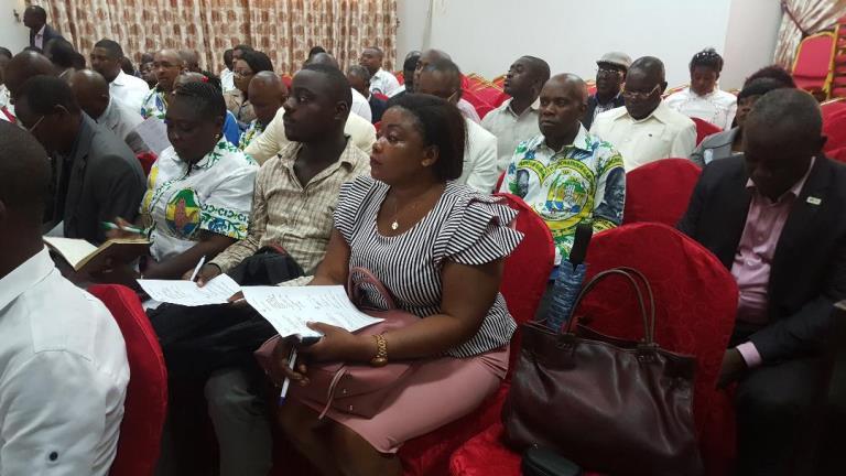 Le PDG a organisé un master class politique sur la discipline