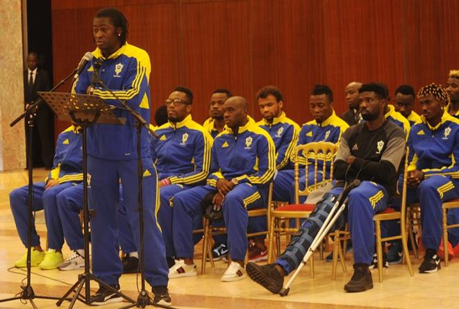 Les Panthères du Gabon dissoutes, le coach limogé, Bilie By Nze en colère