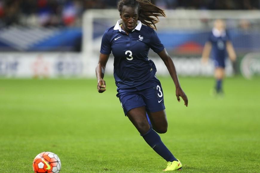 Coupe du Monde féminine 2019: la gabonaise Viviane Asseyi sélectionnée