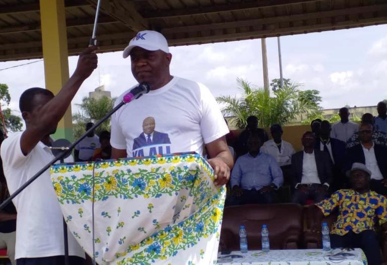 Cette terre d'Akieni est bénie parce que le plus illustre fils de cette contrée Ali Bongo Ondimba  préside aux destinées de ce pays (Hermann Kamonomono)