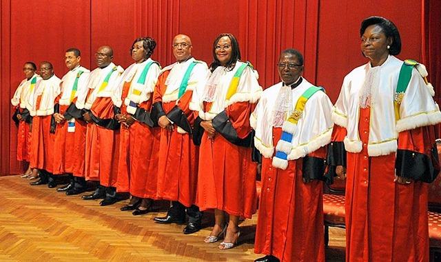 Rentrée toujours attendue de la cour constitutionnelle : Les Mamboundouîstes dénoncent une violation de la loi
