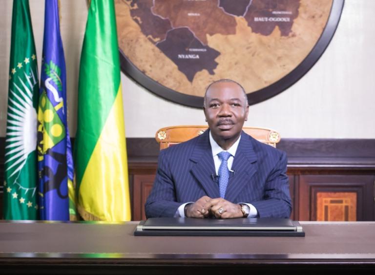Ali Bongo dénonce le nombrilisme de ses collaborateurs