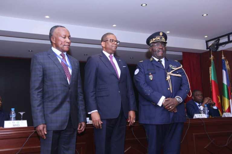 Le général Marcel Yves Mapangou Moussadji  nouveau président du CCPAC