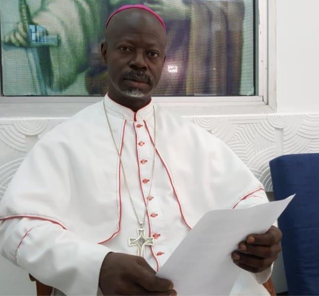 L'évêque Mathieu Madega appelle le peuple gabonais à une prise de conscience pour obtenir sa souveraineté