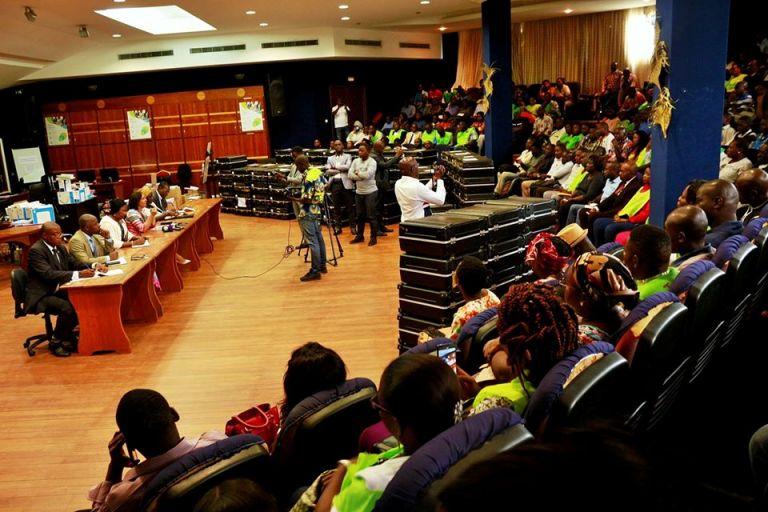Gabon : un forum pour examiner les difficultés de  l'administration publique en janvier 2020