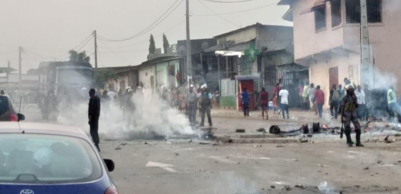 Le gabonais lynché par la foule est mort ce matin au CHU de Libreville