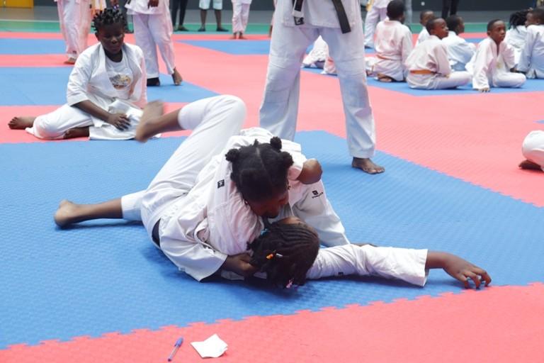 300 jeunes judokas ont participé à la 1ère édition du tournoi inter de Judo à Libreville